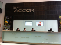 Accueil du siège social du groupe Accor